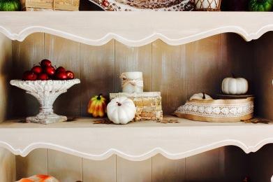 Fall Decoration Shelves